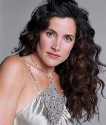 A picture of the character Helena Peabody - Years: 2005, 2006, 2007, 2008, 2009
