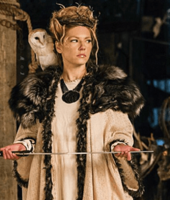 A picture of the character Lagertha - Years: 2013, 2014, 2015, 2016, 2017, 2018, 2019, 2020