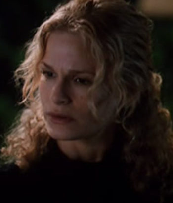 A picture of the character Elizabeth Cole