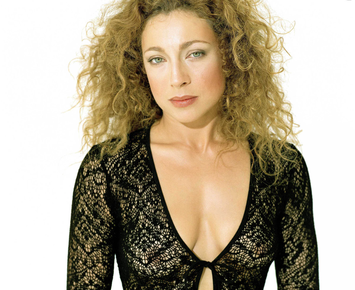 Alex Kingston Alex Kingston new picture