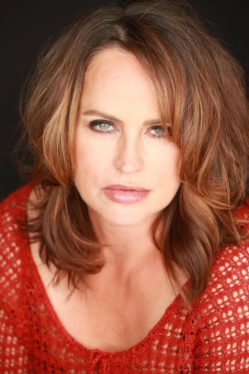 picture Margaret Nolan