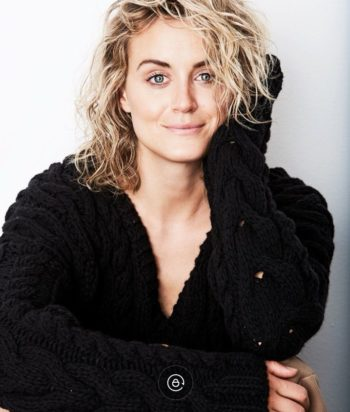 A picture of the actor Taylor Schilling