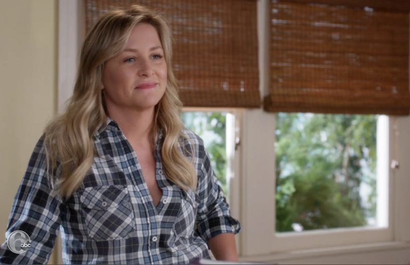 Grey's Anatomy - Arizona in a flannel shirt