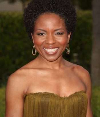 A picture of the actor LisaGay Hamilton