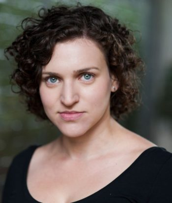 A picture of the actor Ashleigh Loeb